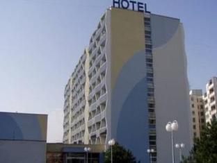/ru-ru/hotel-nivy/hotel/bratislava-sk.html?asq=5VS4rPxIcpCoBEKGzfKvtE3U12NCtIguGg1udxEzJ7nKoSXSzqDre7DZrlmrznfMA1S2ZMphj6F1PaYRbYph8ZwRwxc6mmrXcYNM8lsQlbU%3d
