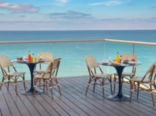 /leonardo-suite-tel-aviv-bat-yam-hotel-by-the-beach/hotel/tel-aviv-il.html?asq=GzqUV4wLlkPaKVYTY1gfioBsBV8HF1ua40ZAYPUqHSahVDg1xN4Pdq5am4v%2fkwxg
