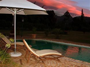 Orange Ville Guesthouse Stellenbosch - Dawn Over Orange-Ville