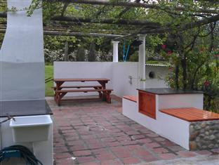 Orange Ville Guesthouse Stellenbosch - Braai/Grill Area