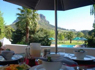 Orange Ville Guesthouse Stellenbosch - Breakfast