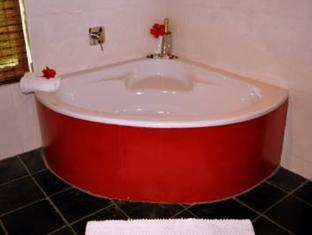Orange Ville Guesthouse Stellenbosch - Bathroom