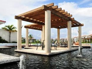 /pure-mareazul/hotel/playa-del-carmen-mx.html?asq=jGXBHFvRg5Z51Emf%2fbXG4w%3d%3d