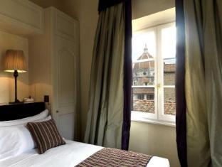 /san-firenze-suites-spa/hotel/florence-it.html?asq=vrkGgIUsL%2bbahMd1T3QaFc8vtOD6pz9C2Mlrix6aGww%3d