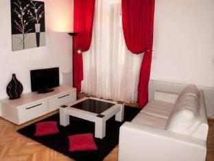 /select-city-center-apartments/hotel/brasov-ro.html?asq=jGXBHFvRg5Z51Emf%2fbXG4w%3d%3d