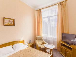 /zolotaya-buhta-hotel/hotel/kaliningrad-ru.html?asq=5VS4rPxIcpCoBEKGzfKvtBRhyPmehrph%2bgkt1T159fjNrXDlbKdjXCz25qsfVmYT