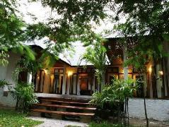 Samet Ville Resort   Thailand Cheap Hotels