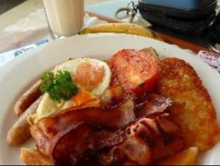 Tea House Motor Inn Bendigo - Food and Beverages