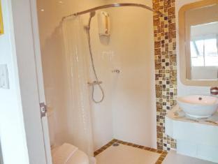 Bussaba Bangkok Suvarnabhumi Airport Hotel Bangkok - Twin Superior Bathroom