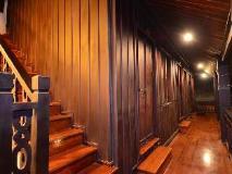 Phousi Guesthouse: exterior