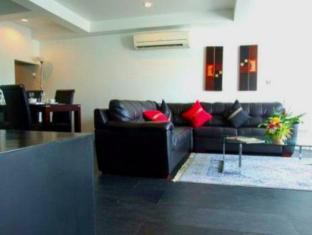 The Front Apartments Phuket - 2 Bedrooms Deluxe-Living area