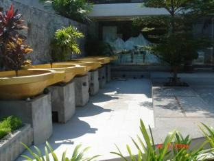 The Front Apartments Phuket - Fountain