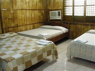 Polaris Beach House Pagudpud - Guest Room