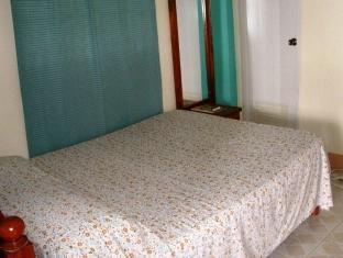 Agua Seda Beach Pagudpud - Guest Room