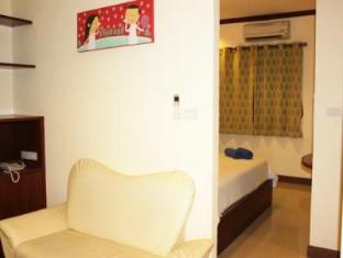 Baan Sila Pattaya - 1 Bedroom Suite - Living Area