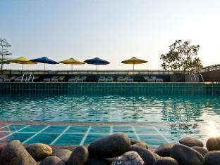 Rashmi's Plaza Hotel Vientiane Vientiane - Roof Top Pool