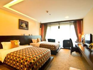 Rashmi's Plaza Hotel Vientiane Vientiane - Bayroom Deluxe Twin