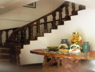 Grand Octagon Resort Laoag - Interiér hotelu