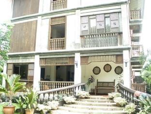 Grand Octagon Resort Laoag - Exteriér hotelu