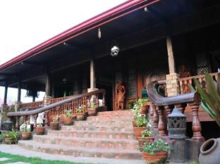 Grand Octagon Resort Laoag - Mötesrum