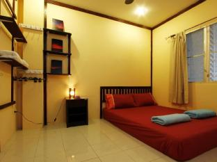 Inn Town Guesthouse Phuket - Double Bed- Queen size bed