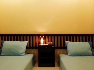 Inn Town Guesthouse Phuket - Double Bed- 2 single bed