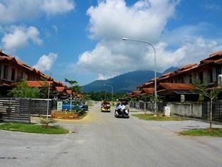 Sinar Serapi Eco Theme Park Resort Kuching - Hotel Exterior