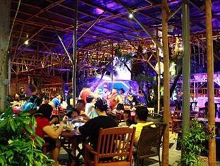 Sinar Serapi Eco Theme Park Resort Kuching - Restaurant