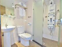 Sunny Day Hotel, Tsim Sha Tsui: bathroom