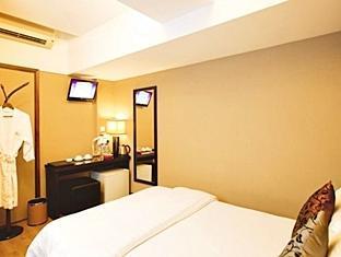 Sunny Day Hotel, Tsim Sha Tsui Hong Kong - Honeymoon Room