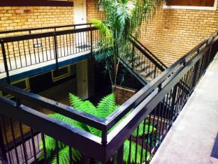 George Powlett Apartments Melbourne - Interior