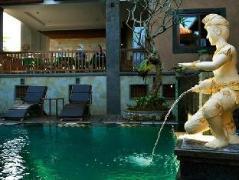 Kunang Kunang Guest House | Indonesia Budget Hotels