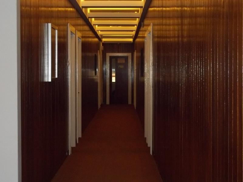 ディ イースタン ホテル4