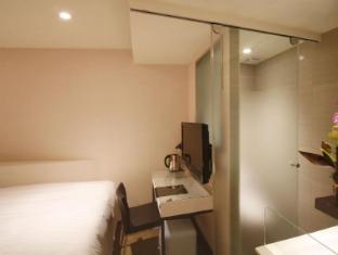 Hotel Puri Ximen Taipei - Triple Room