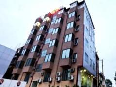 Royal Ramiro Residency | India Budget Hotels