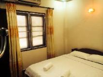 Sechaleunkham Guest House: guest room