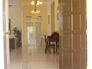 Rumah Putih B & B Kuala Lumpur - Entrance
