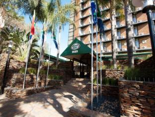 /hotel-224/hotel/pretoria-za.html?asq=jGXBHFvRg5Z51Emf%2fbXG4w%3d%3d