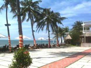 Golden Sail Hotel & Restaurant