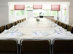 Leonardo Airport Hotel Berlin Brandenburg Berlin - Meeting Room