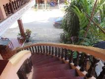 Khamphone Guesthouse: exterior