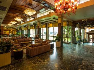 The Everest Hotel Kathmandu - Lobby Area