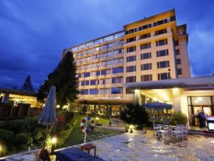 The Everest Hotel Kathmandu - Hotel Exterior