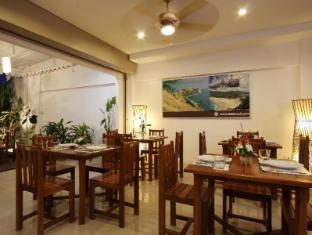 Baan Oui Phuket Guest House Phuket - Restaurace