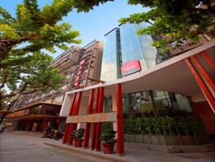 /th-th/hotel-ibis-hangzhou-song-dynasty/hotel/hangzhou-cn.html?asq=vrkGgIUsL%2bbahMd1T3QaFc8vtOD6pz9C2Mlrix6aGww%3d