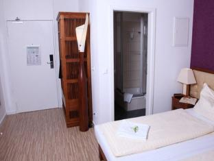 Main Station Hotel & Hostel Berlin - Guest Room