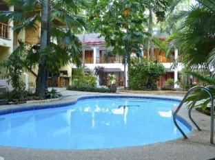 Alona Vida Beach Resort Bohol - Pool