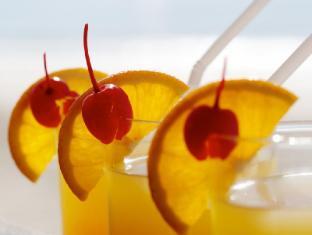 Alona Vida Beach Resort Bohol - Drinks