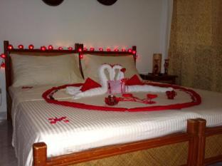 Alona Vida Beach Resort Bohol - Honeymoon