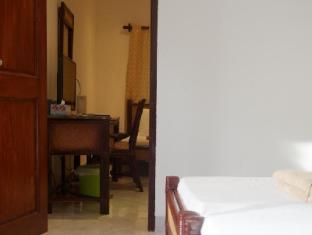 Alona Vida Beach Resort Bohol - Family Room